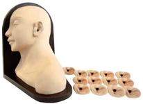 Тренажер для проведения осмотра уха