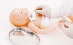 Манекен трахеостомического ухода у грудных детей